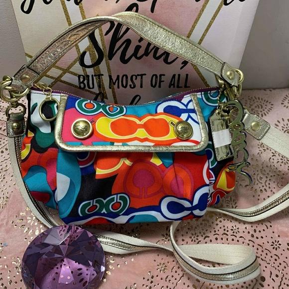 Coach Handbags - AUTHENTIC COACH CROSSBODY NEW
